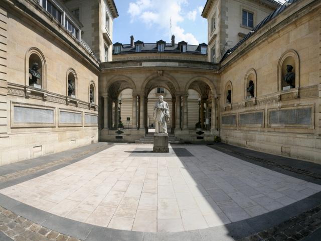 college_de_france_20100803